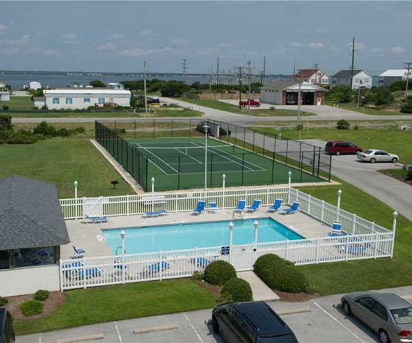 Pool and Tennis Court at Pier Pointe Condos