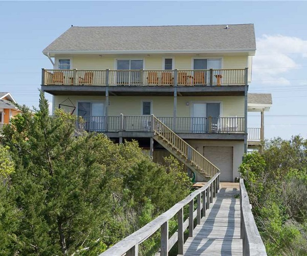 McCarthy Cottage Vacation Rental l Emerald Isle Realty