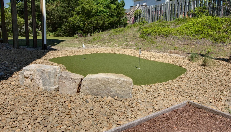 A Life of Rilee - Putting Green