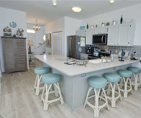 Featured Property Star Deck West - Kitchen