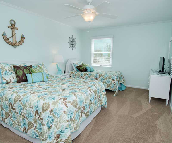 Featured Property Top Notch Too West - Bedroom 1