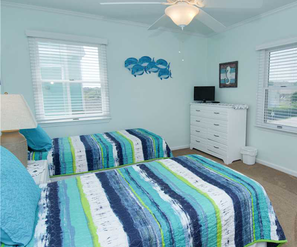 Featured Property Top Notch Too West - Bedroom 2 copy