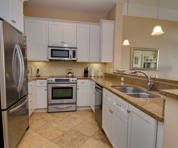 Featured Property Grande Villas 1H - Kitchen