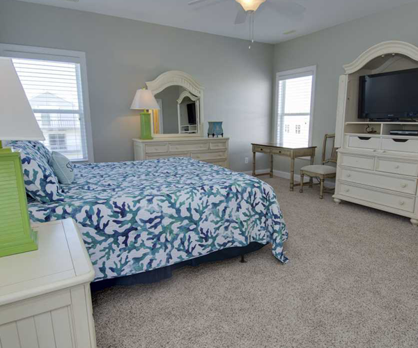 Featured Property Key Lime Retreat - Bedroom 1