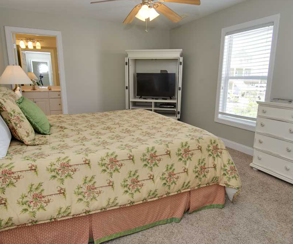 Featured Property Key Lime Retreat - Bedroom 2