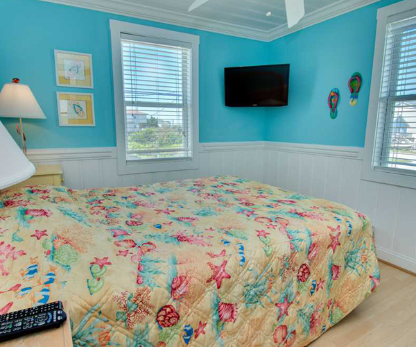 Featured Property Paws in The Sand - Bedroom 1