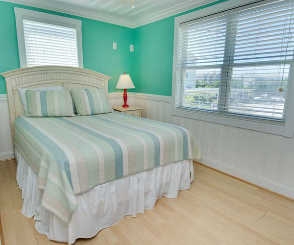 Featured Property Paws in The Sand - Bedroom 2