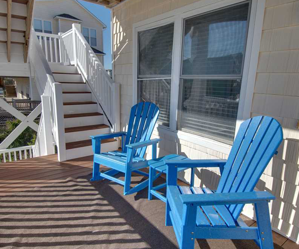 Featured Property Happy Place West - Porch