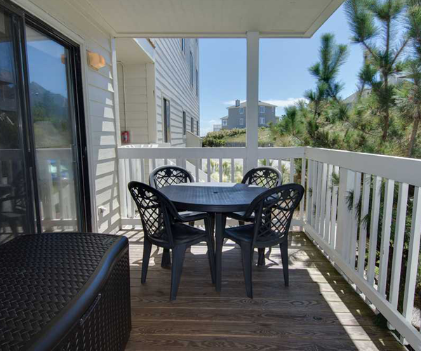Featured Property Point Emerald Villa C-106 - Balcony
