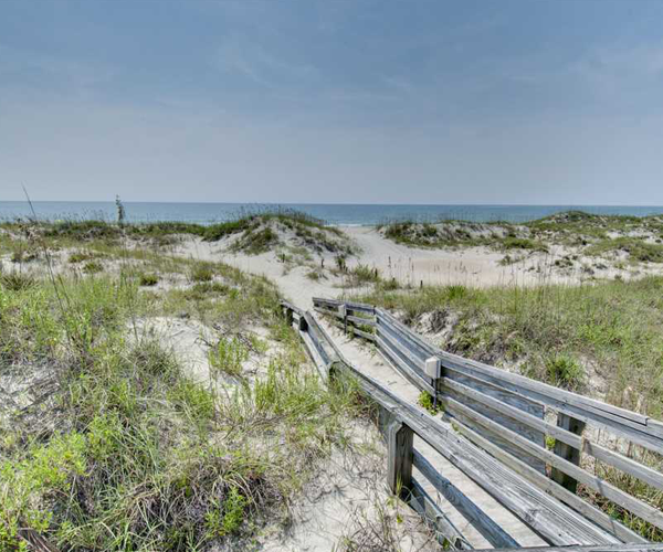 Featured Property Point Emerald Villa C-106 - Beach Access