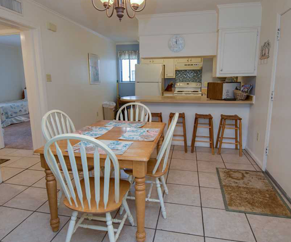 Featured Property Point Emerald Villa C-106 - Dining
