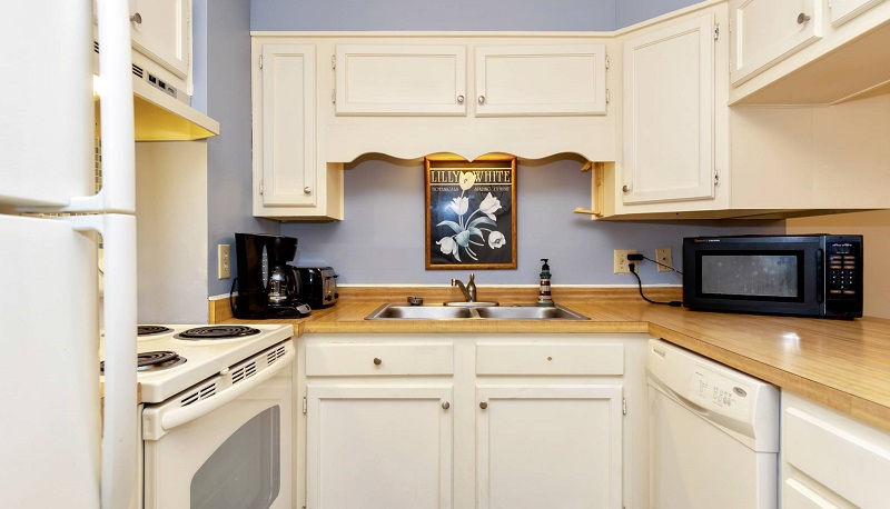 Point Emerald Villa C-106 - Kitchen