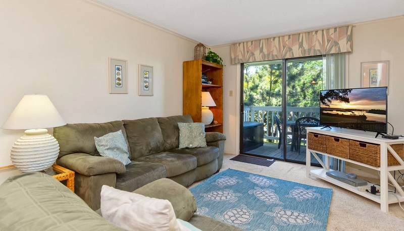 Point Emerald Villa C-106 - Living Area