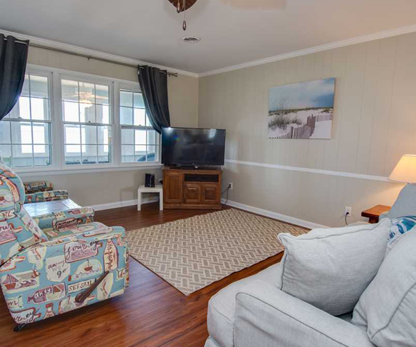 Featured Property Fincannon 5 - Living Room