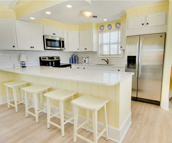 Featured Property Summer Blue - Kitchen