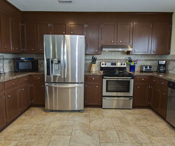 Featured Property Wine Down - Kitchen 2