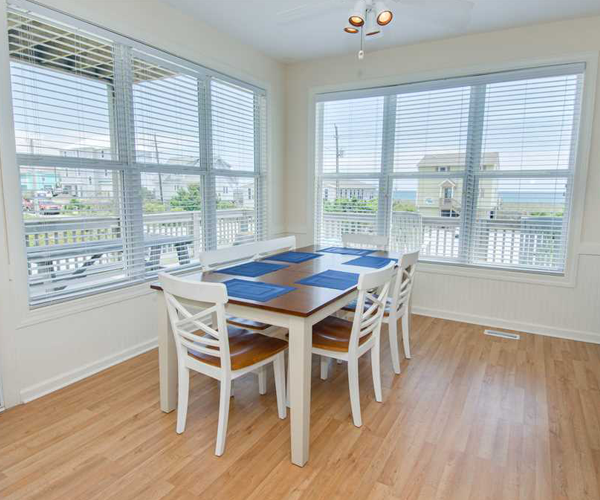 Featured Property Dream Catcher - Dining