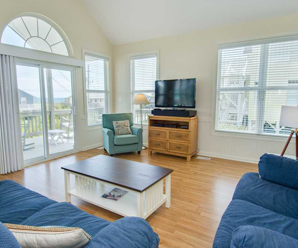Featured Property Dream Catcher - Living Room 2