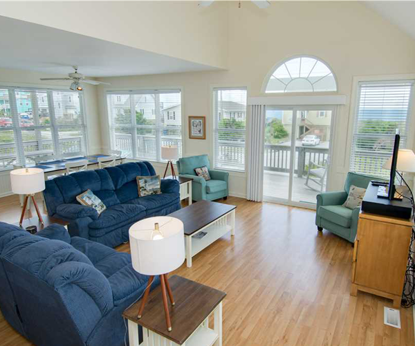Featured Property Dream Catcher - Living Room