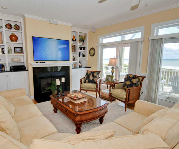 Featured Property Casa Bianco -Living Room