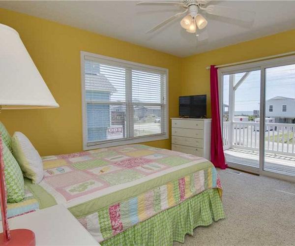 Carolina Views Bedroom