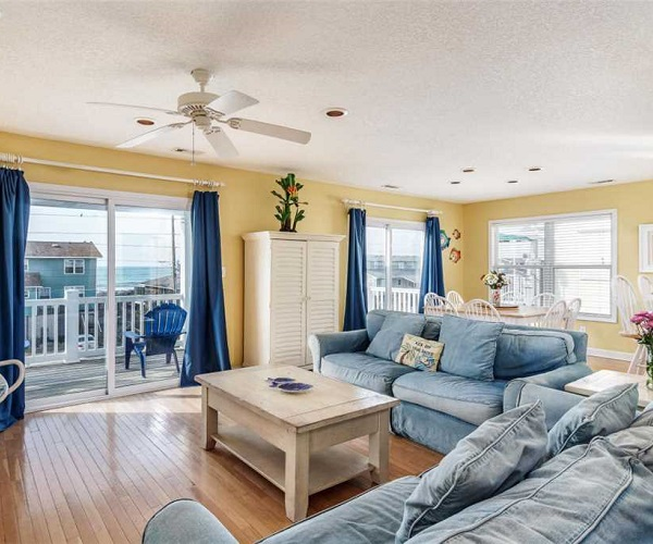 Carolina Views Living Room