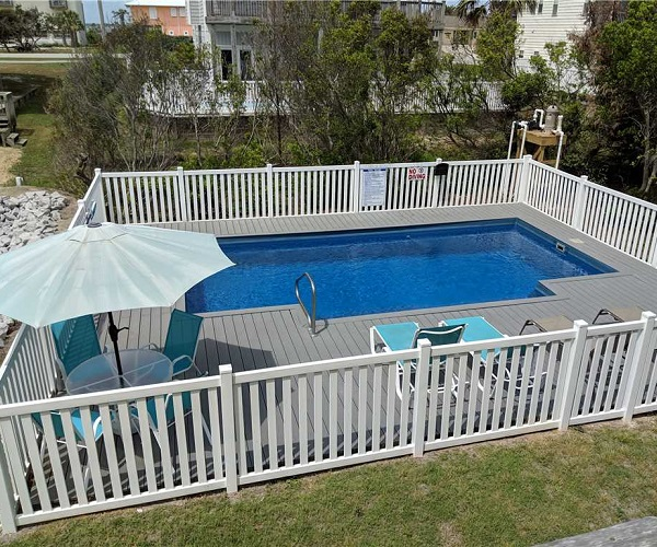 Carolina Views Pool