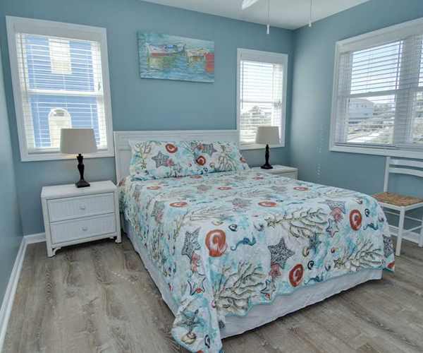 Featured Property Aboard Delight West - Bedroom 1