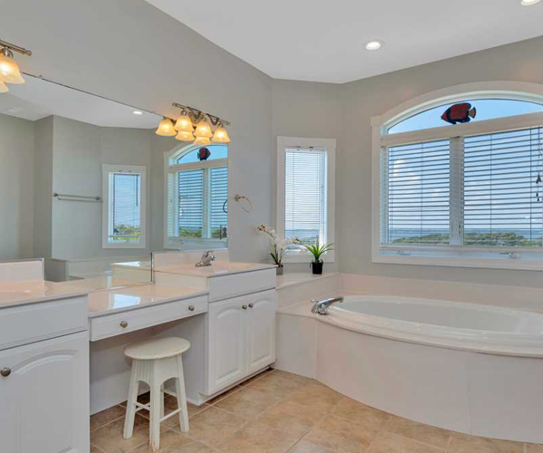 Featured Property Sail Away - Bathroom