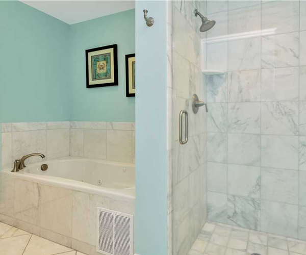 Featured Property Grand Villas 6B - Bathroom
