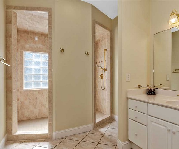 Nonno's Dream Bathroom | Pine Knoll Shores Vacation Rental | Emerald Isle Realty
