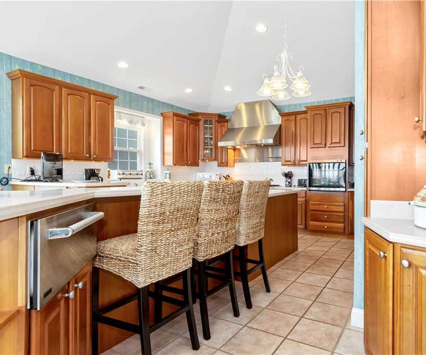 Nonno's Dream Kitchen | Pine Knoll Shores Vacation Rental | Emerald Isle Realty