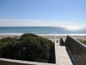 Aquatic Paradise East Beach Access