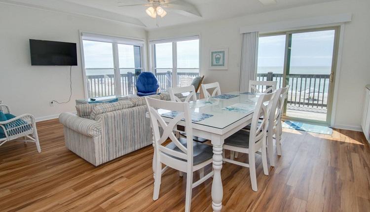 Ocean Reef 8 A-2 - Dining Room