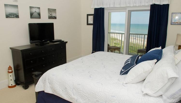 Grande Villas 5-D - Bedroom
