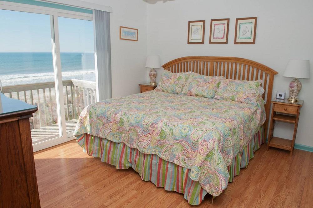 Emerald Star - Bedroom