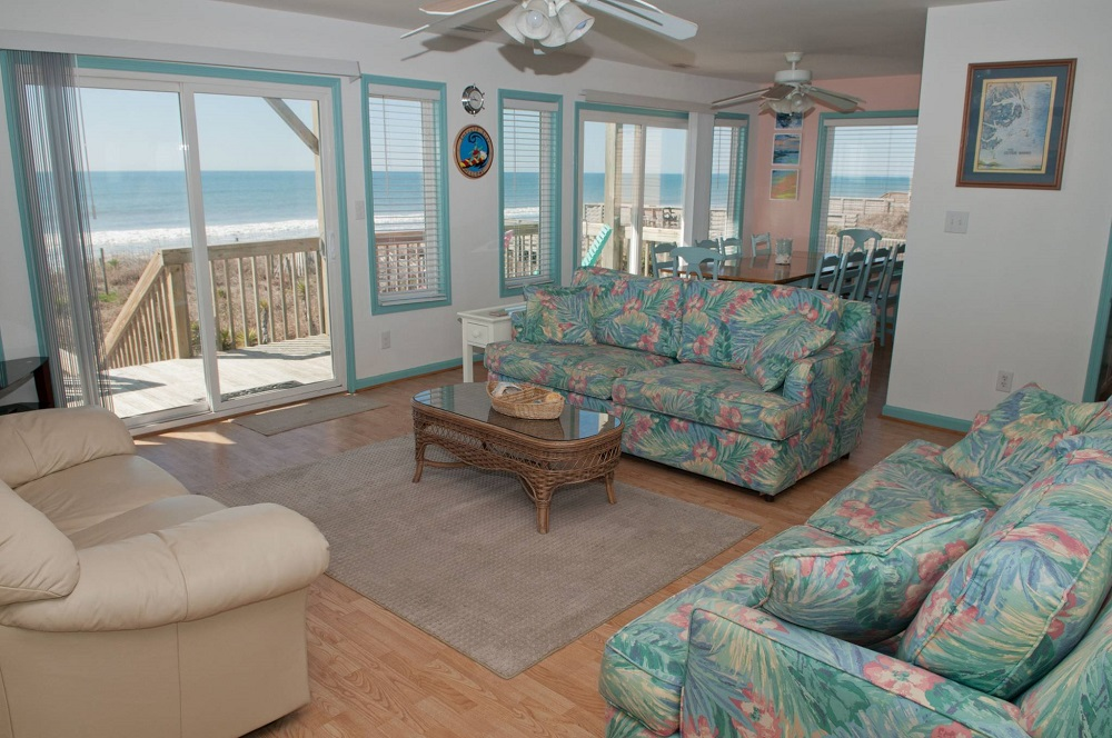 Emerald Star - Living Room