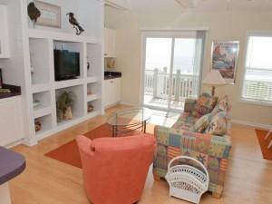 Pier Pointe Living Room 10-7-2014