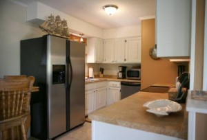 Bobby's Beach Barn Vacation Rental Kitchen