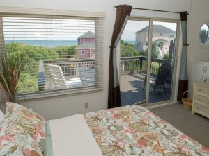 Heverly Heaven East Vacation Rental Bedroom in Emerald Isle NC