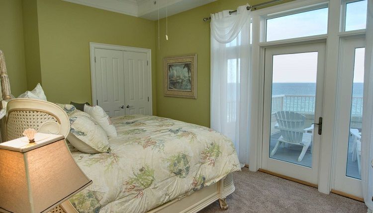 Grande Villas 8-G - Bedroom