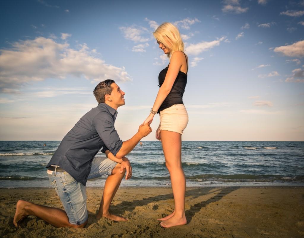 Couple on Emerald Isle Beach -- Guy on Knee
