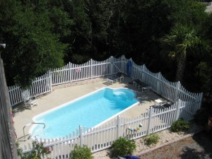 A Peaceful Sound Pool - Vacation Rental in Emerald Isle NC