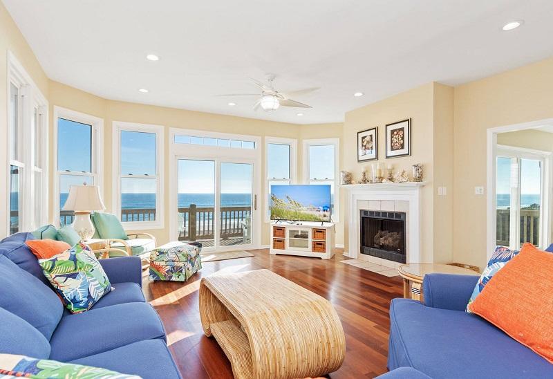 Atlantis - Living Room