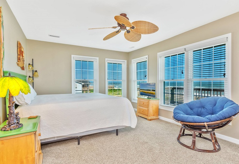 Gull Cottage East - Bedroom