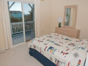 Barefoot Pelican Vacation Rental Bedroom - Emerald Isle NC