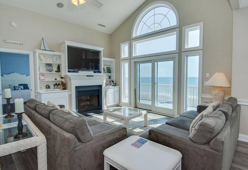 A Sea Palace - Living Room