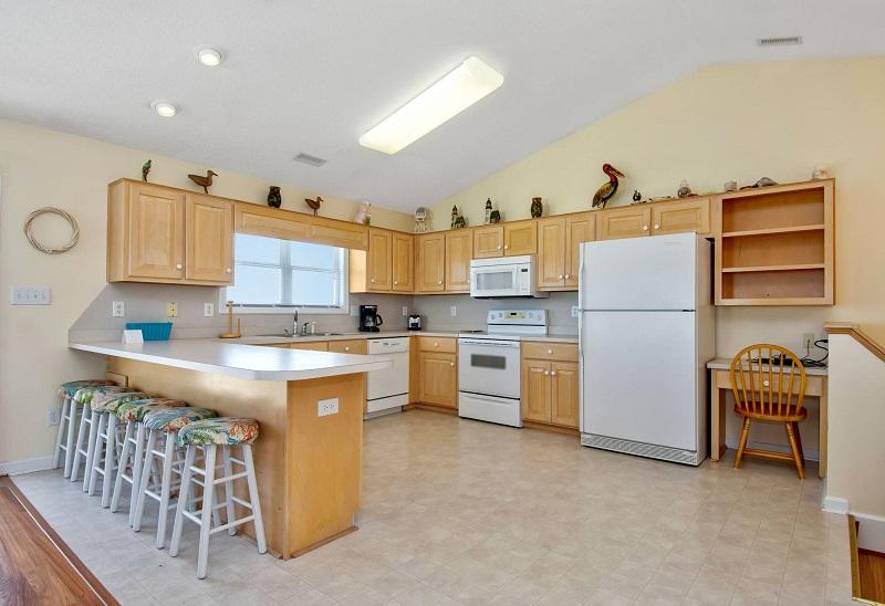 Barefoot Pelican - Kitchen