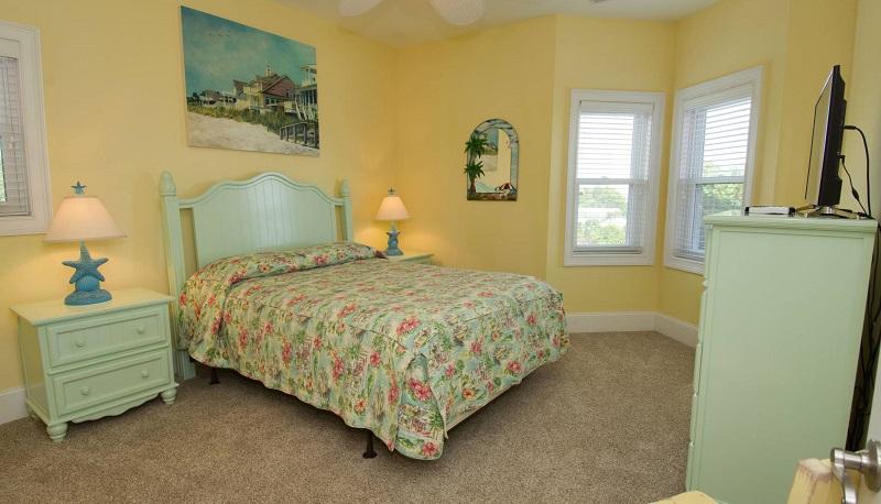 Flamingo Palace - Bedroom