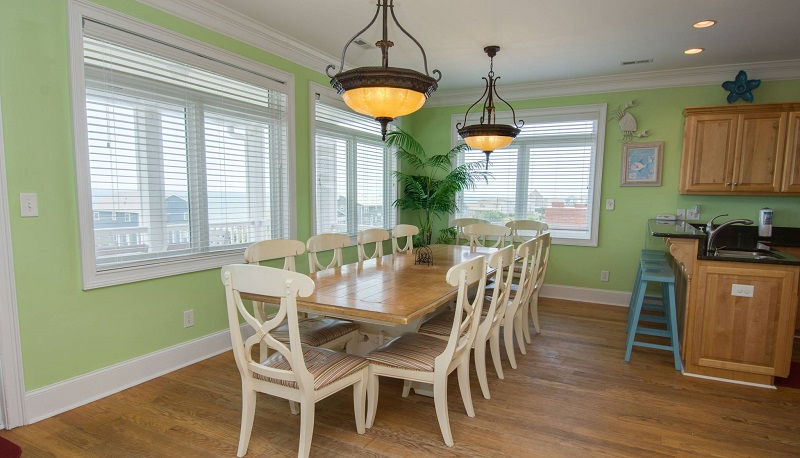 Coral Treasure - Dining Room